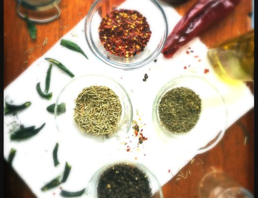 How to Infuse Culinary Oils with Herbs | Healthy Recipes | Herbal Recipes | DIY | Homemade Gifts | Clean Eating | Real Food | Healthy Eating