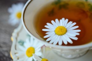 Soothing Chamomile Honey Pops   Home Remedies   Herbal Remedies   Healthy Recipes   Herbs   DIY   My Healthy Homemade Life